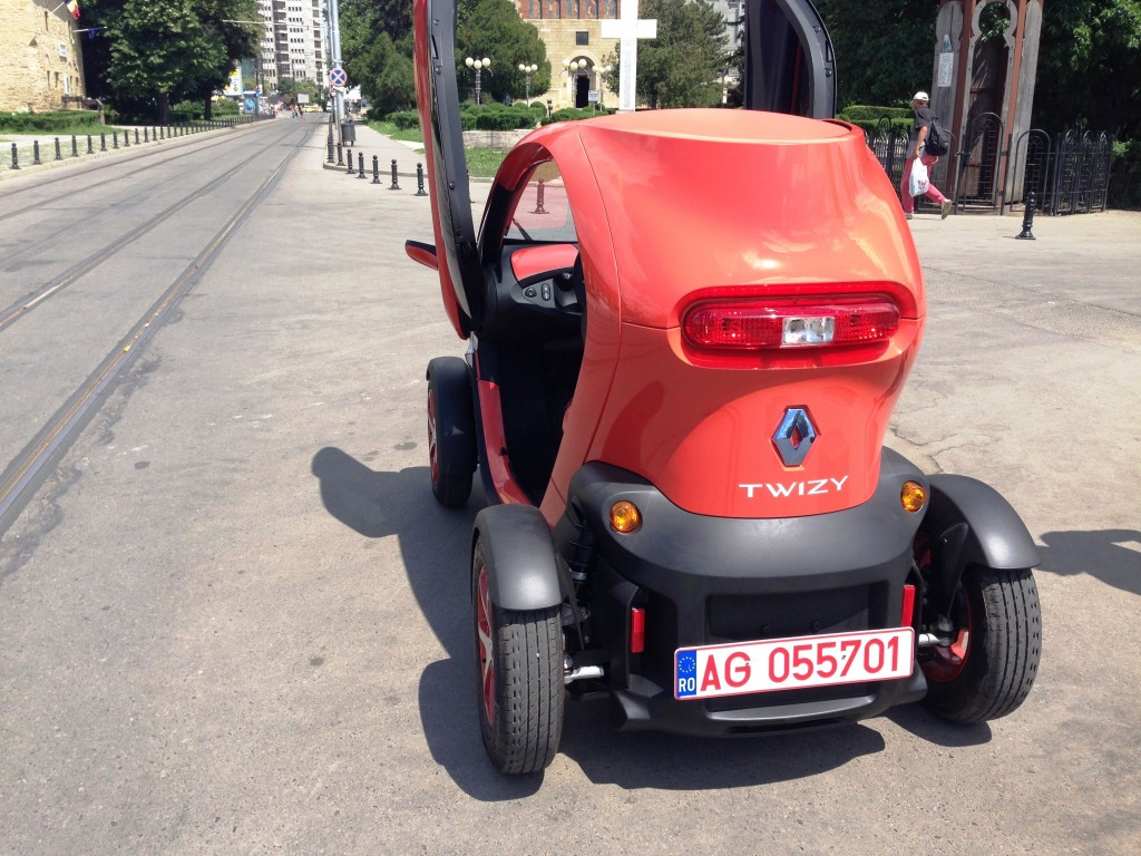 Test Drive electric cu Renault Twizy