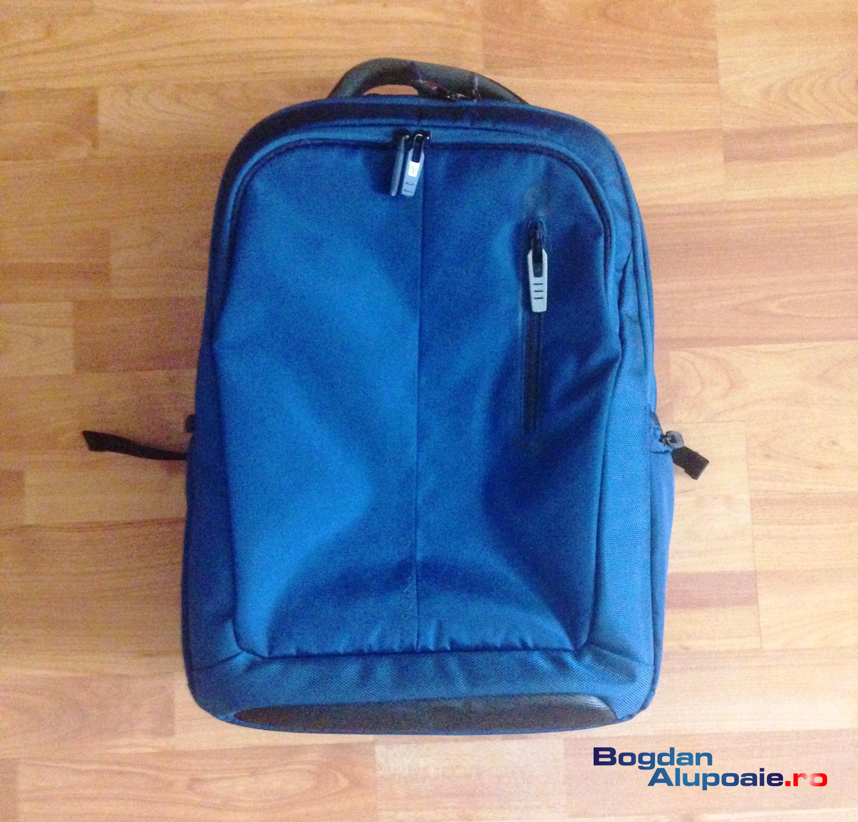 Zaino Roncato – rucsac pentru laptop, tableta si bagajele din vacanta ta
