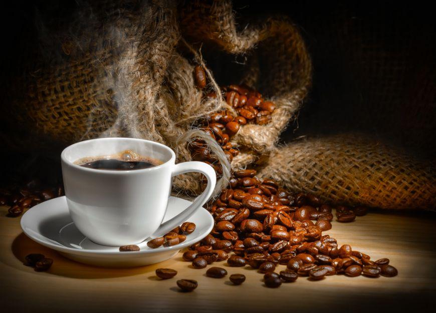 ce-trebuie-sa-stii-despre-cafea-mit-si-realitate_size1