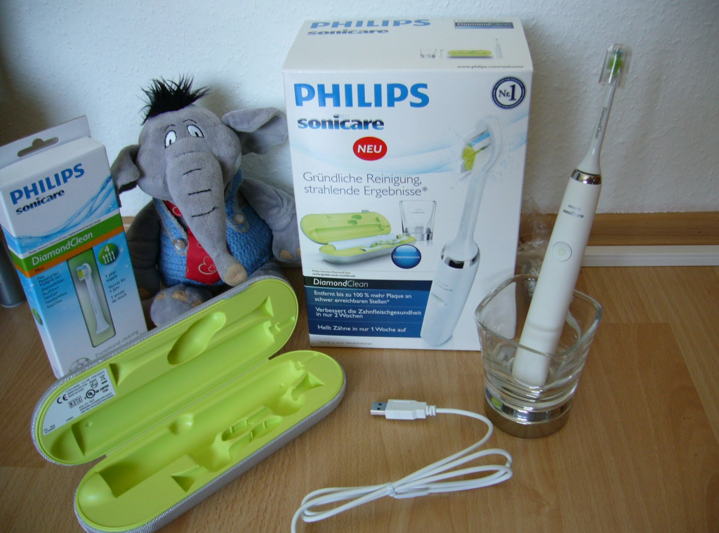 philips-sonicare-diamondclean-electric-toothbrush1-1024x759
