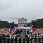 Alaturi de cei 100.000 de protestatari din Chisinau