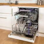 Masina de spalat vase: moft sau necesitate?