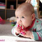 Cand bebelusului ii ies primii dintisori