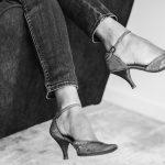 7 trucuri ușoare despre cum să mergi pe tocuri