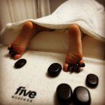 fivemassage.rote calauzeste la salonul de masaj de cinci stele din Bucuresti