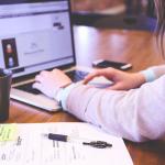 În funcţie de ce criterii alegi agenţia web design cu care să îţi construieşti afacerea online