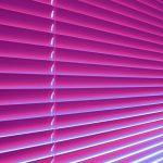 Utilizarea unor jaluzele potrivite pentru ferestre, va poate ajuta mult mai mult decat credeti!