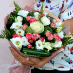 Care este avantajul livrarilor de flori la domiciliu
